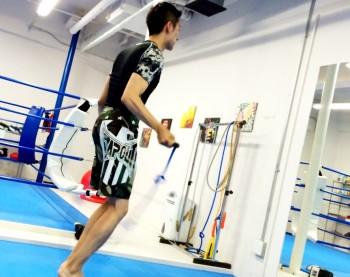 名古屋JKF キックボクシングフィットネスジム-仕事の合間にキックボクシング