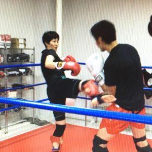 名古屋JKF キックボクシングフィットネスジム-女性会員Hさま スパーリングが一番楽しい