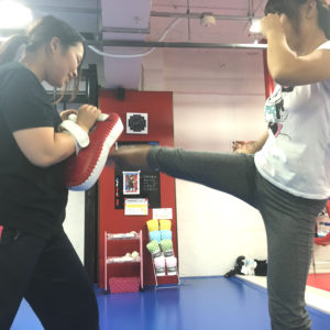 名古屋JKF キックボクシングフィットネスジム-澤野さま、中原さま 普段やれないことができる