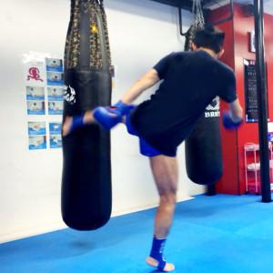 名古屋JKF キックボクシングフィットネスジム-60代男性 プロがいないから通いやすい