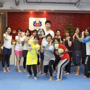 名古屋JKF キックボクシングフィットネスジム-腕立てや腹筋が一回も出来ない人へ