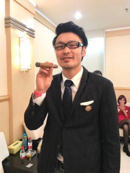 名古屋JKF キックボクシングフィットネスジム-首から下はキムタクよりイケメンにしたトレーニング公開