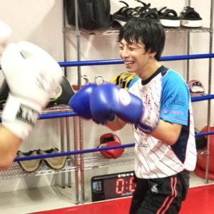 名古屋JKF キックボクシングフィットネスジム-水口さま 教えてもらうことが段階的でわかりやすい