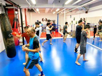 名古屋JKF キックボクシングフィットネスジム-菊地麻衣子著『絶対に身につけたい 本物の接客』