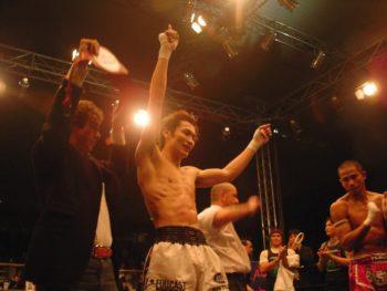 名古屋JKF キックボクシングフィットネスジム-佐藤嘉洋が構築しているキックボクシングを簡単に教えています